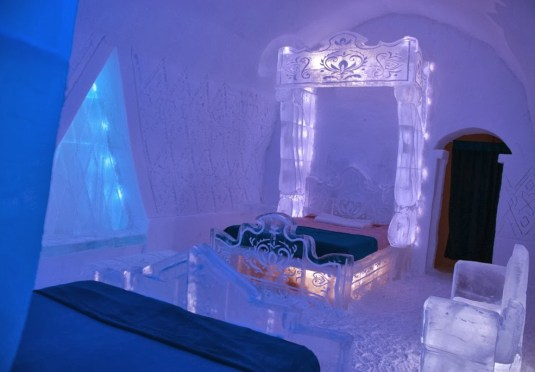 Walt Disney Studios FROZEN Suite  Ice Hotel Hotel de Glace Travel Quebec DownshiftingPRO_2