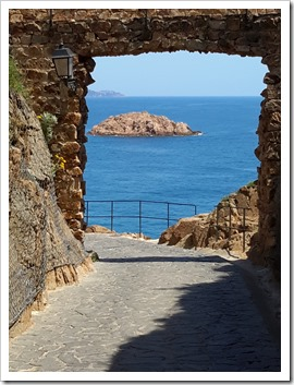 Mediterranean See from Tossa Del Mar, Spain_Walled City_@DownshiftingPRO