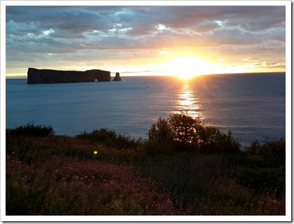 Percé Rock (French Rocher Percé) Sunrise_DownshiftingPROtravel #QuebecMaritime