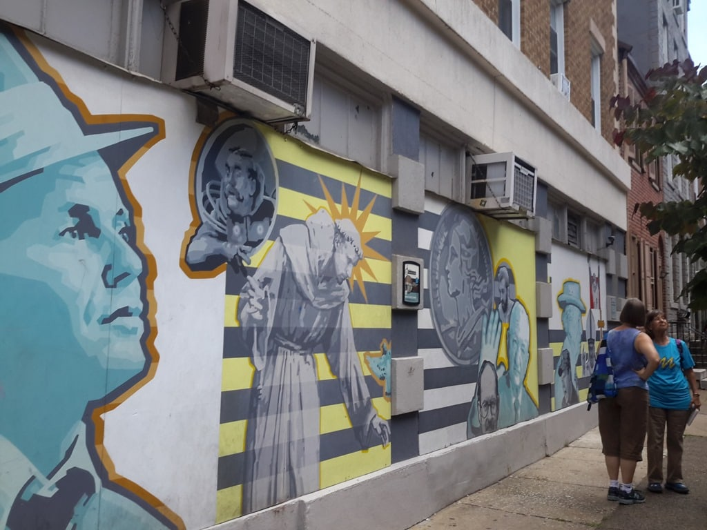 Photo essay of mural and mosaic tours for Common threads mural