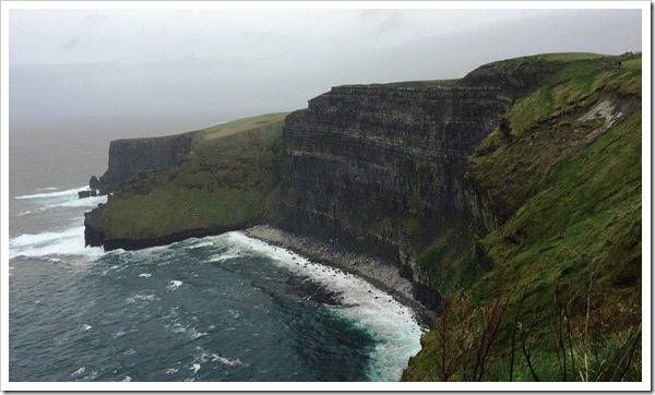 Cliffs of Moher_North of OBriens Tower @DownsiftingPRO