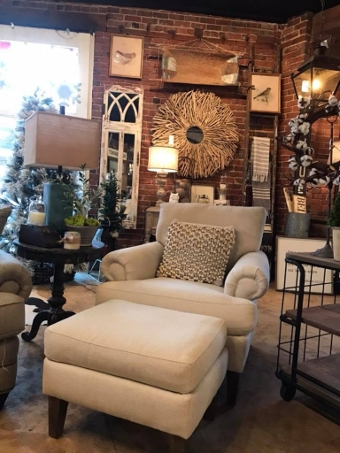 Adorn Decor   Co    Downtown Knoxville