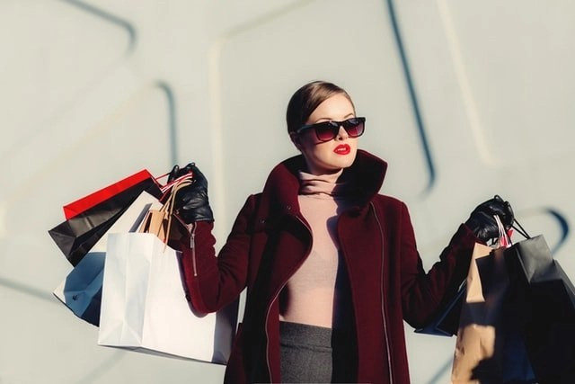 best ways to save money on shopping