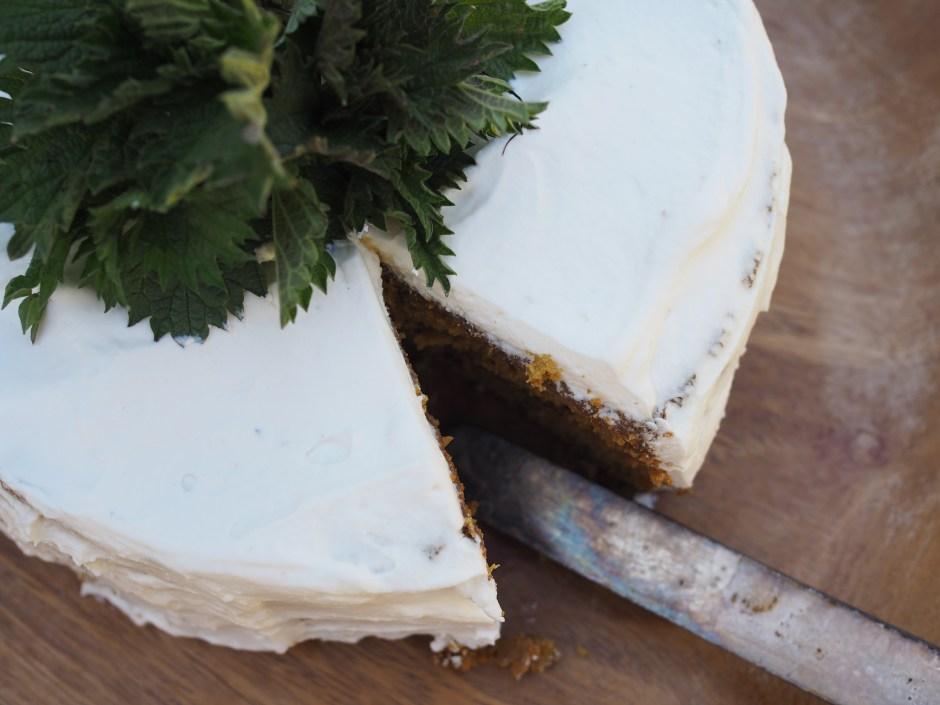 Nettle and Honey Cake (Brenneslekake)