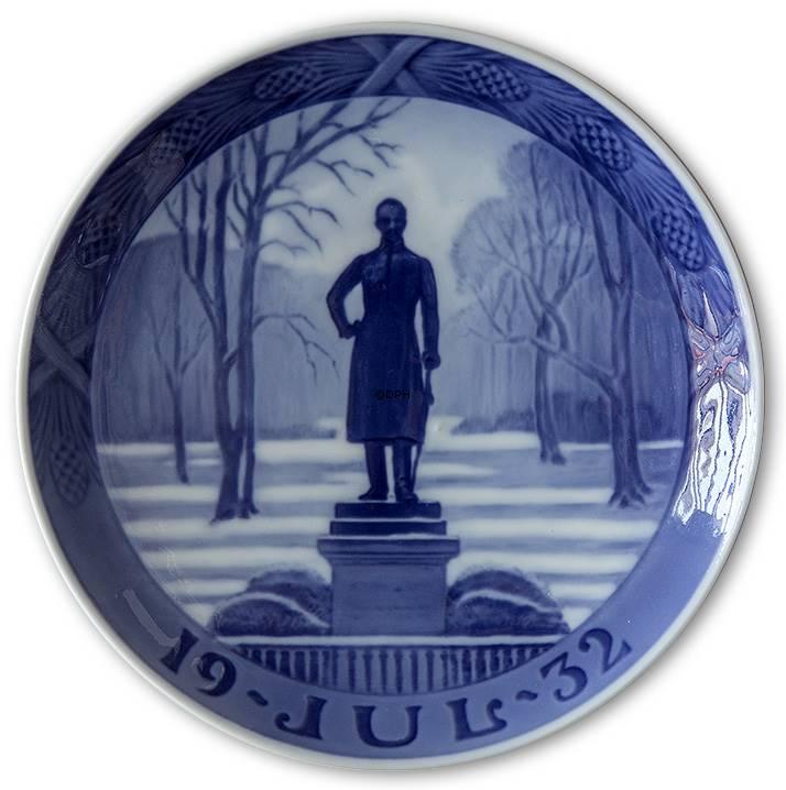 1932 royal copenhagen christmas plate - Royal Copenhagen Christmas Plates