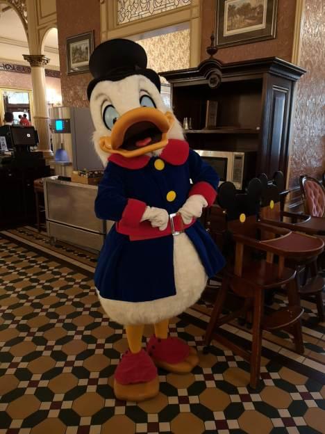 Scrooge McDuck at Plaza Gardens