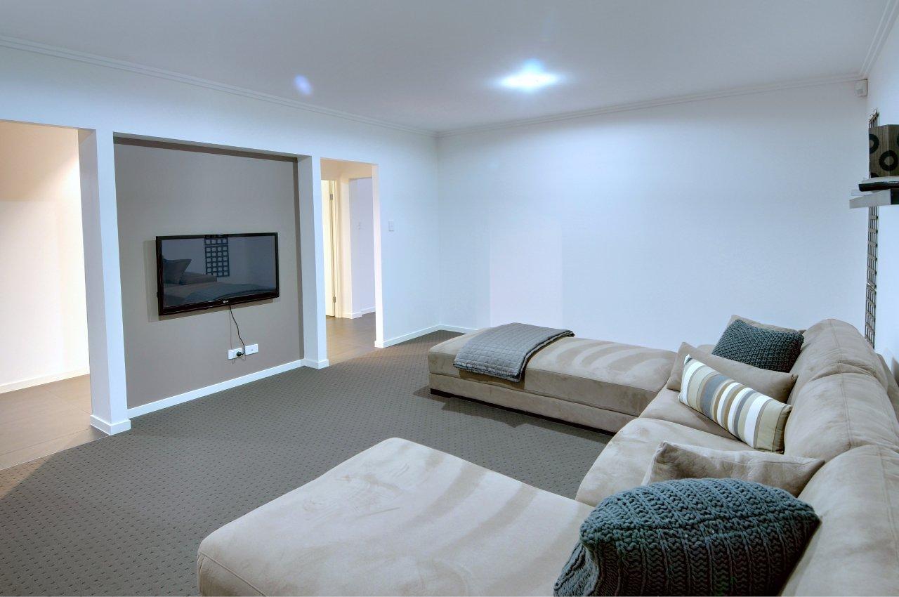 Lucinda Dwyer Quality Homes