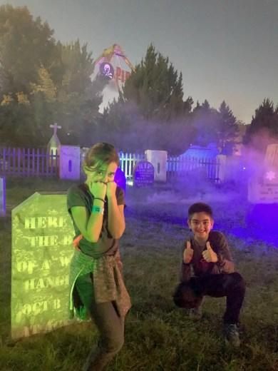 lake compounce haunted graveyard kids