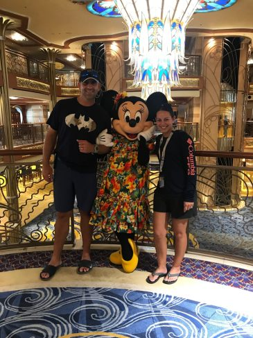 Minnie and adults How much does a disney cruise cost