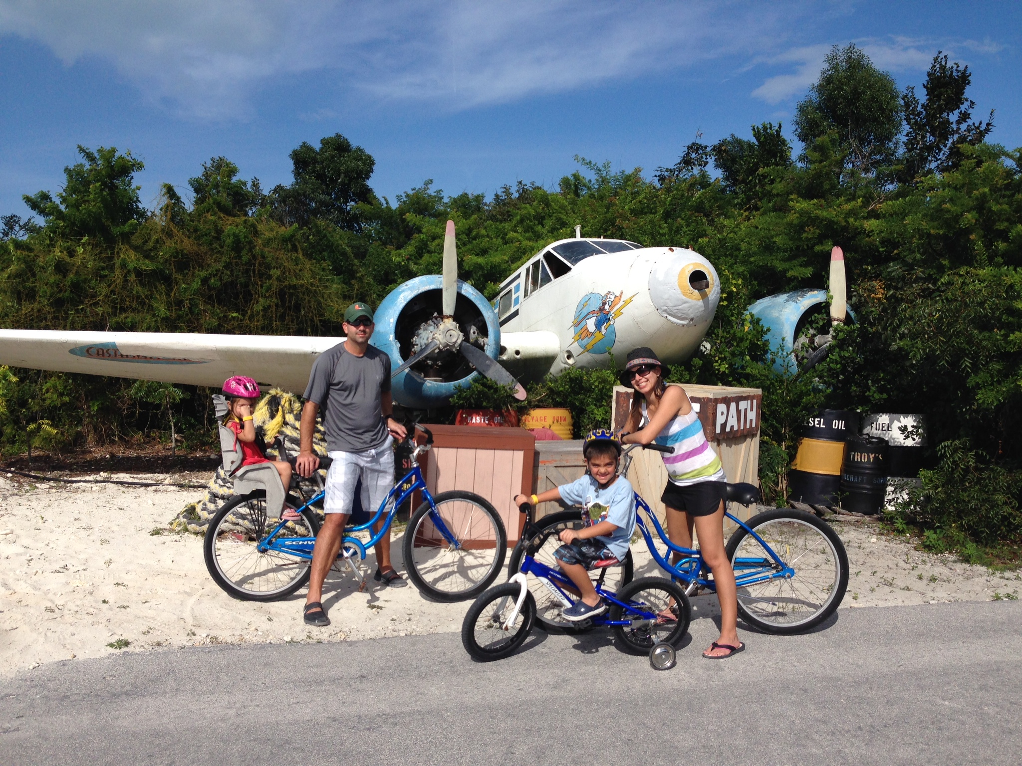 Things to do on Castaway Cay family bike ride
