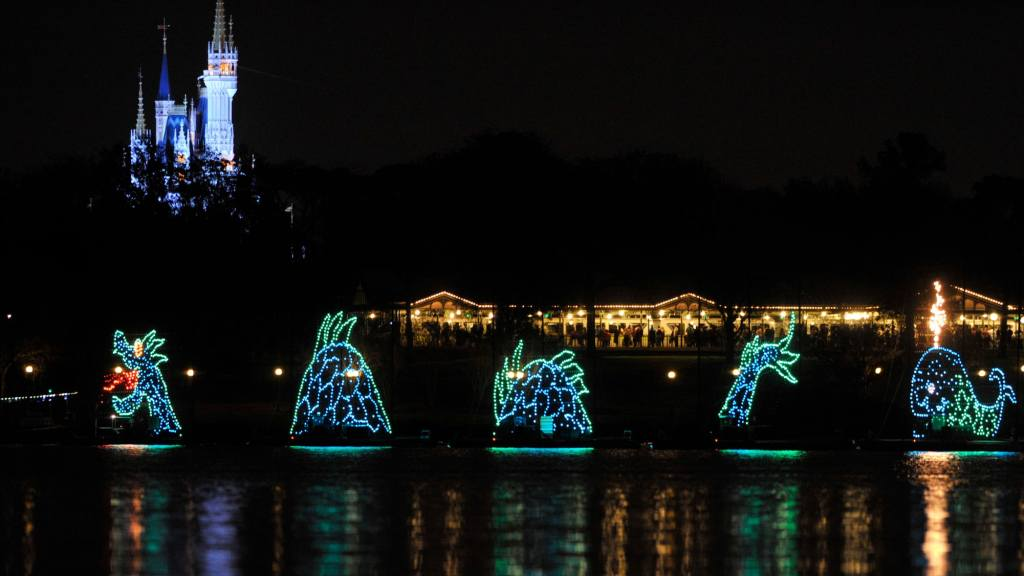 Things to do in Disney World besides the park Electrical water parade