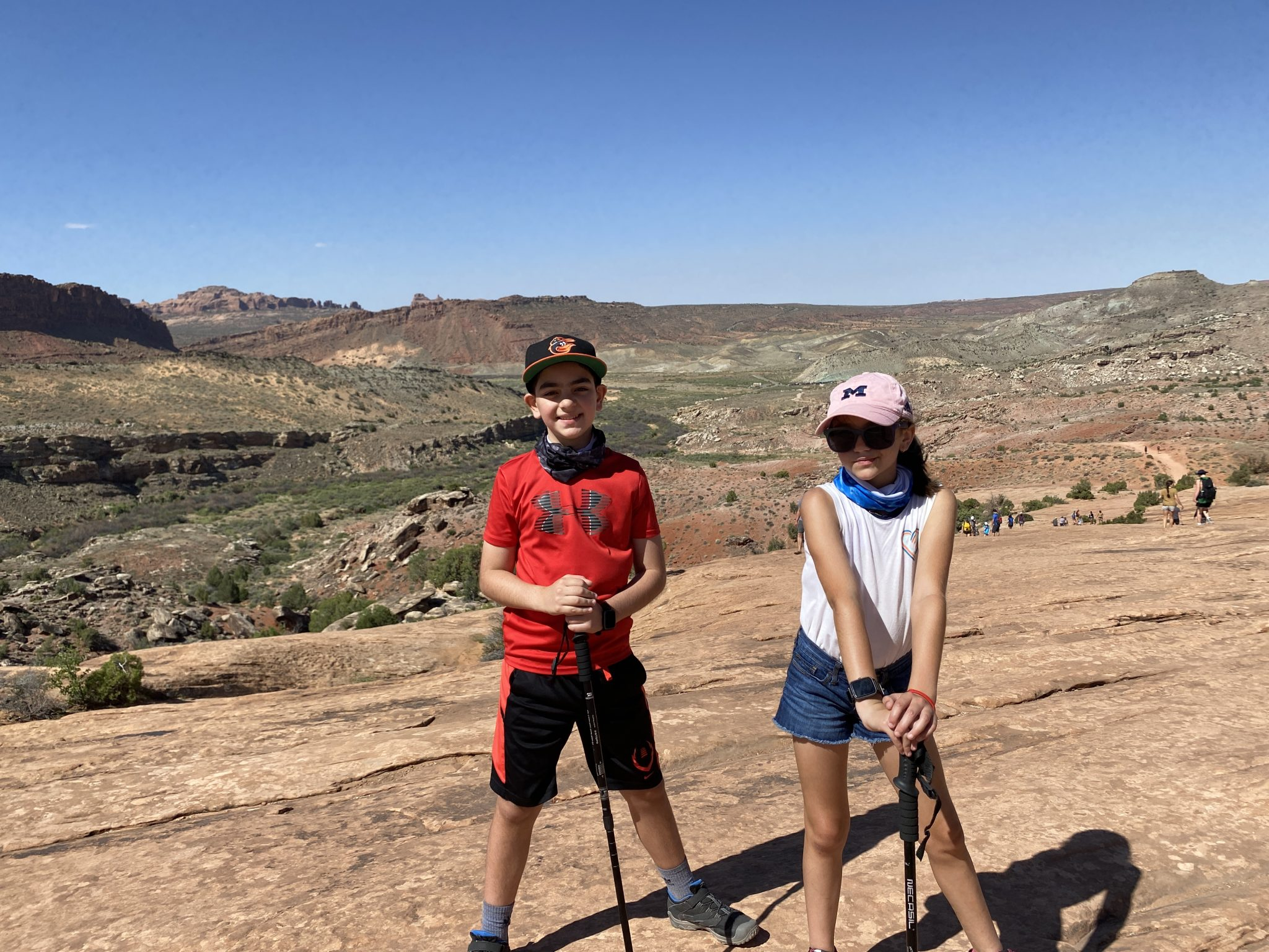 Delicate Arch Hike kids  2