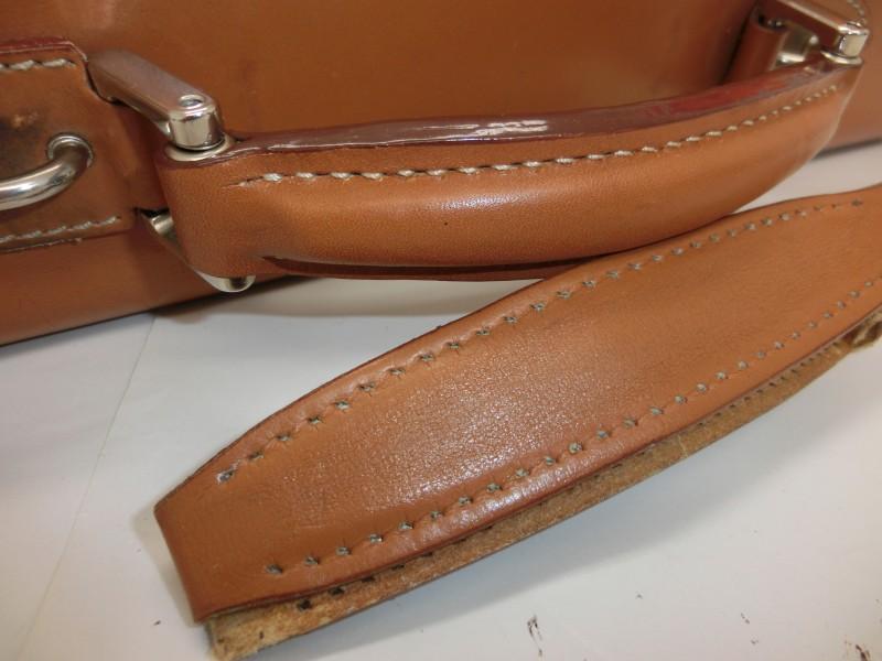 ビジネスバッグ持ち手修理1