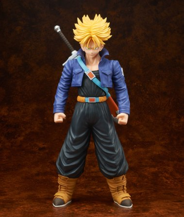 gigantic-series-trunks-super-saiyan-01
