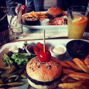 Burger la Osho Primaverii