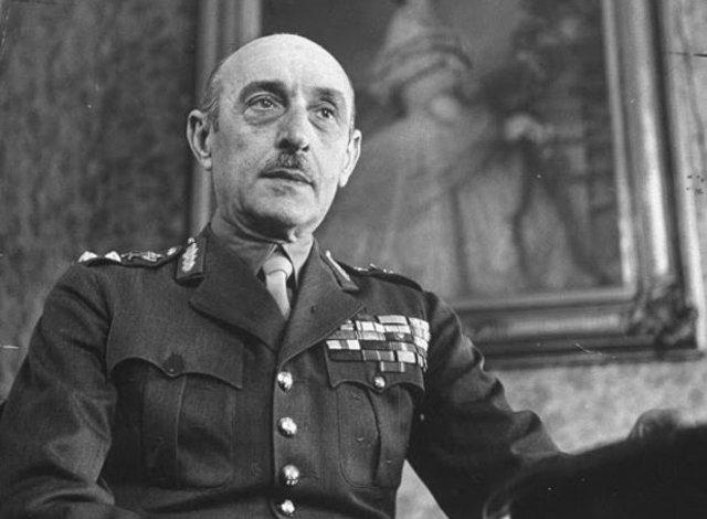 Ο Αλέξανδρος Παπάγος, Στρατιωτικός και πολιτικός.