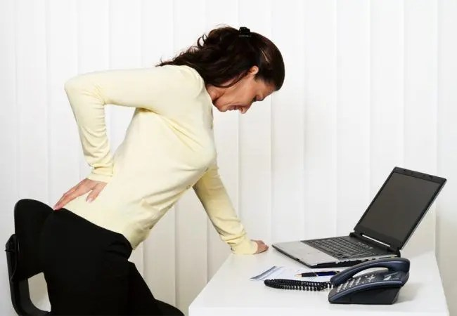 Blog Image 1 - Facet Joint Pain Woman