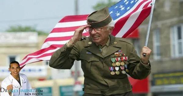 Veteranoj Majo Ricevas Senpagan Kiropráktan Prizorgon - El Paso Chiropractor
