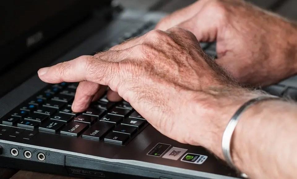 su artritis manos en artritis portátil
