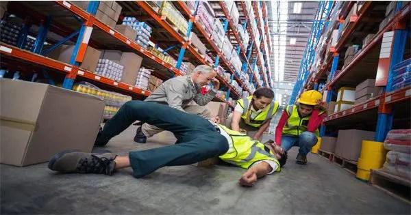 Almacenar caída de trabajador