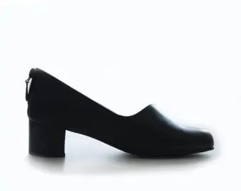 blog picture of a woman's 1 inch heel shoe