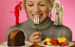 mujer siendo tentado diablo ángel hombro pastel fruta obesidad el paso tx