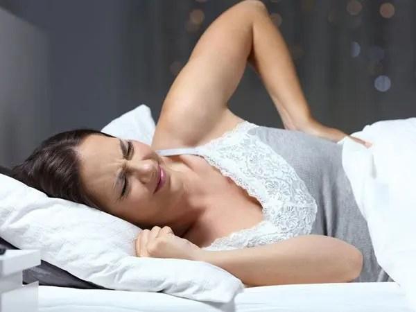11860 Vista Del Sol, Ste. 128 Dormir mejor con artritis espinal inflamatoria
