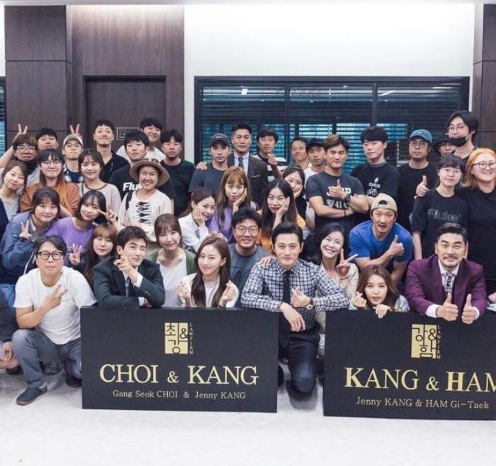 Suits Korea Final Group Photo