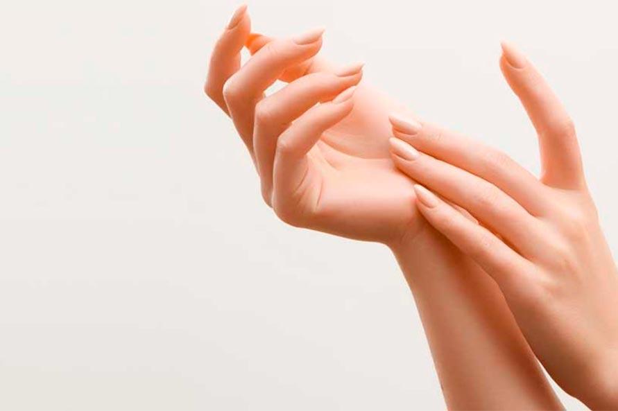 rejuvenecimiento de manos en la clinica de valencia y liria