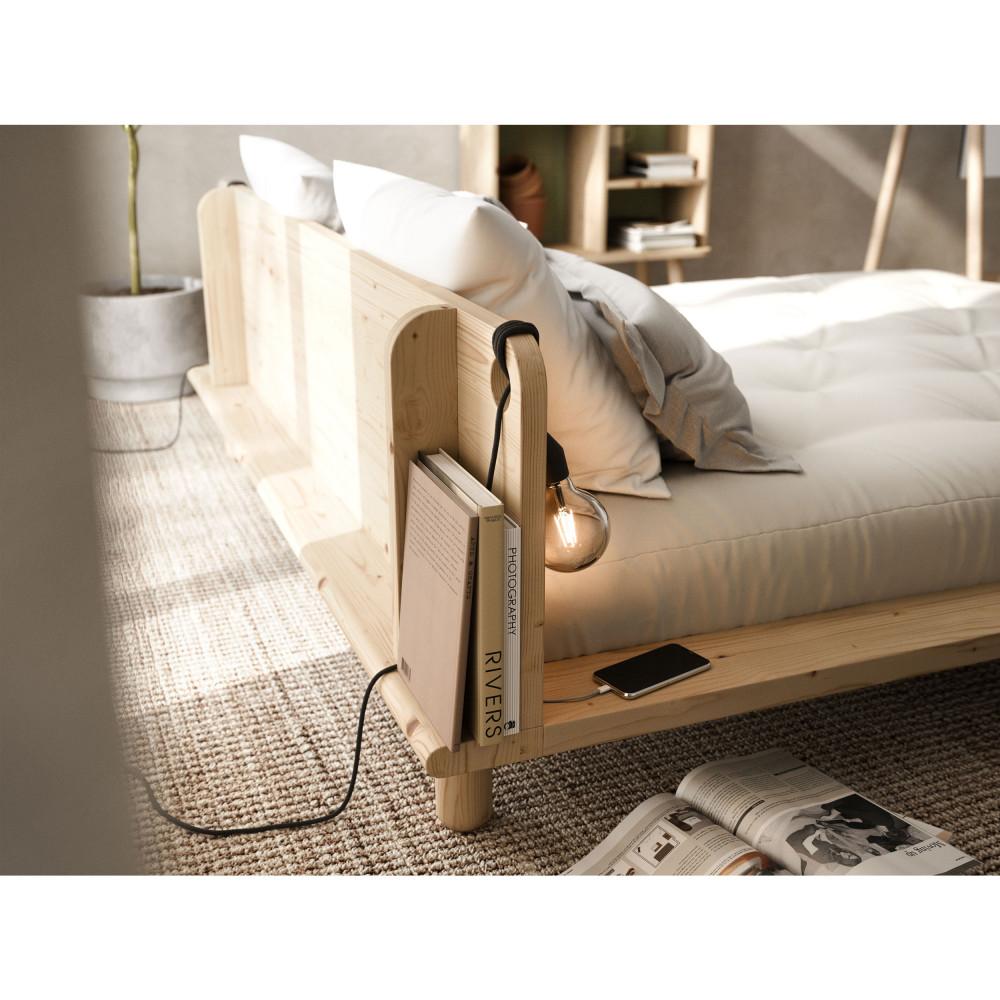 lit en bois avec lampes de chevets 180x200cm karup design peek