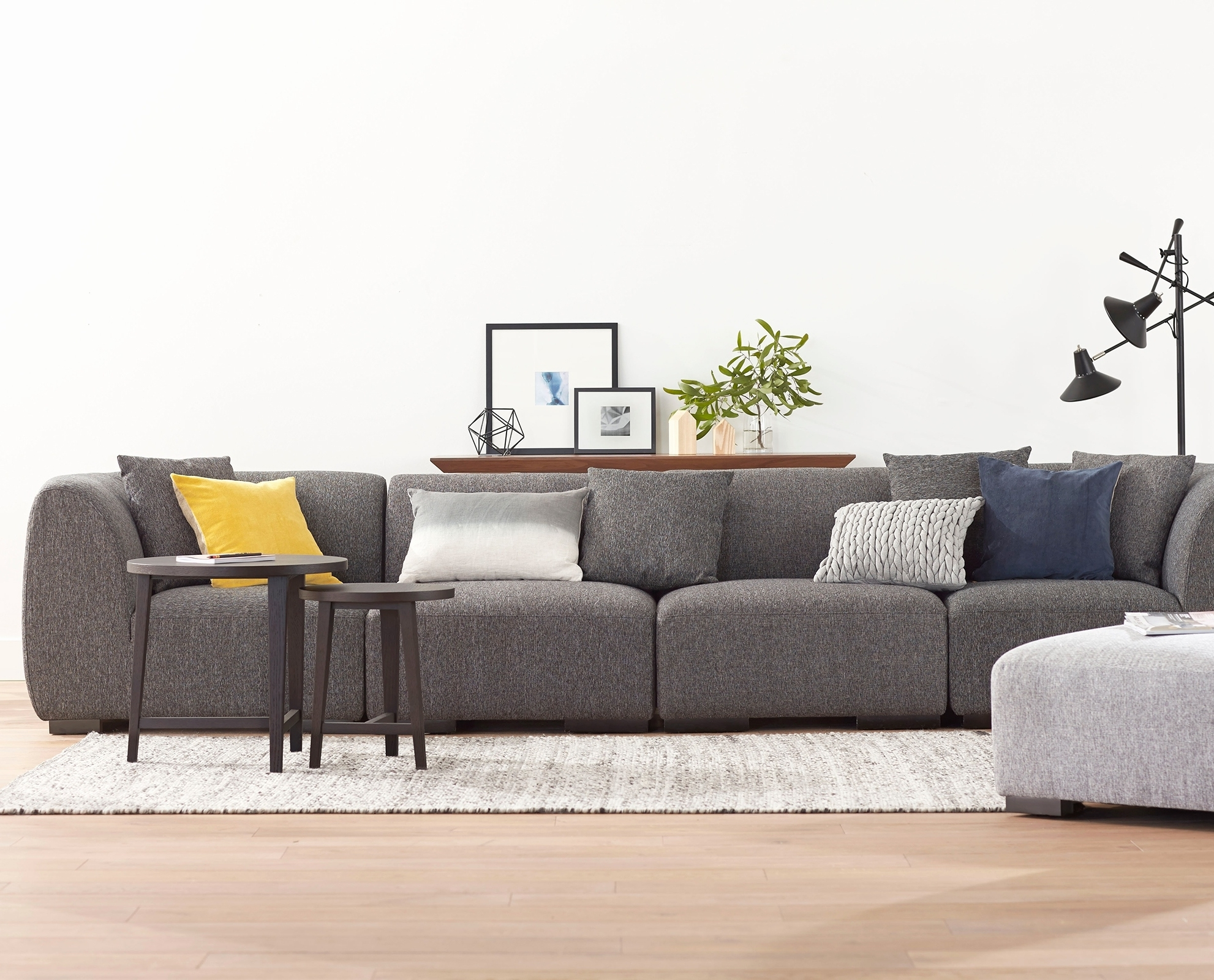Showing Photos Of Canada Sectional Sofas For Small Spaces View 10 Of 20 Photos