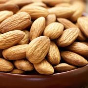 16 Badam ke Fayde Almond Benefits in Hindi