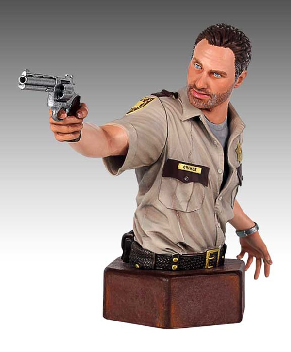 Gentle Giant Now Accepting Pre-Orders for Its Two New Walking Dead Mini Busts