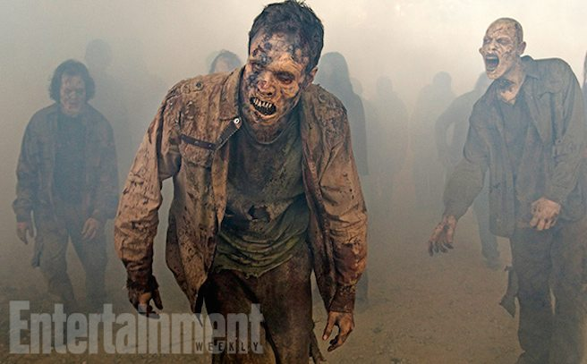 walking dead ew s7 1 - New The Walking Dead Season 7 Images Shamble Forth