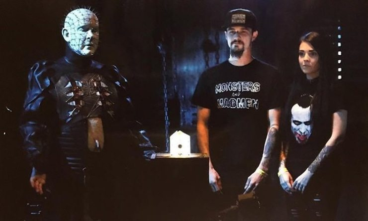 Doug Pinhead 8 - The Pinhead Experience - See Fans Raising Hell With Doug Bradley