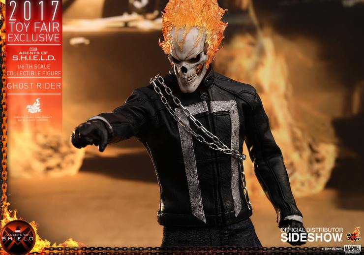 Ghost Rider agents of s.h.i.e.l.d. hot toys figure4 1 - Hot Toys Fires Up Its Ghost Rider Action Figure