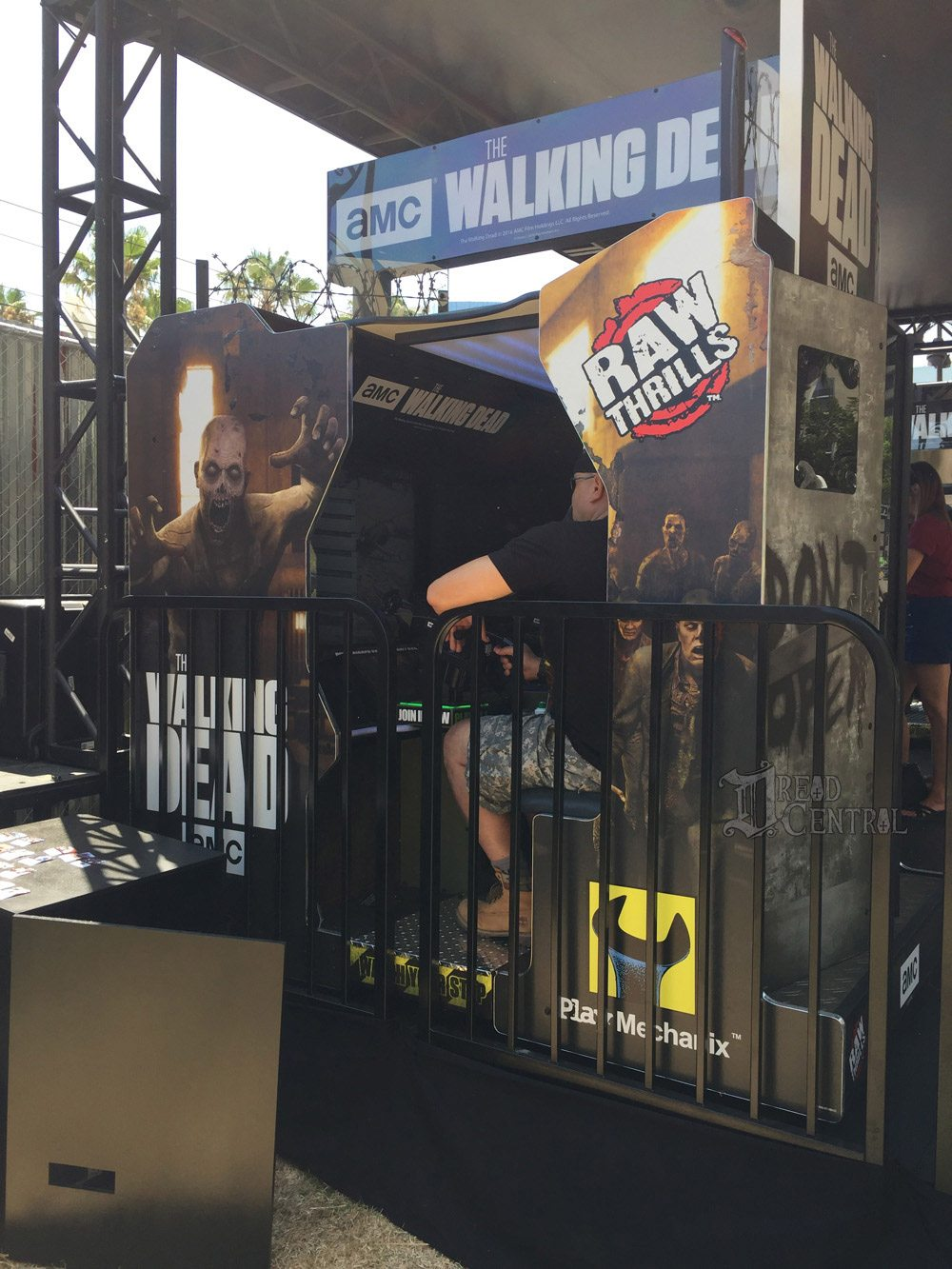 twd dq 9 - #SDCC17: We Took on The Walking Dead Encounter and Lived to Tell About It!