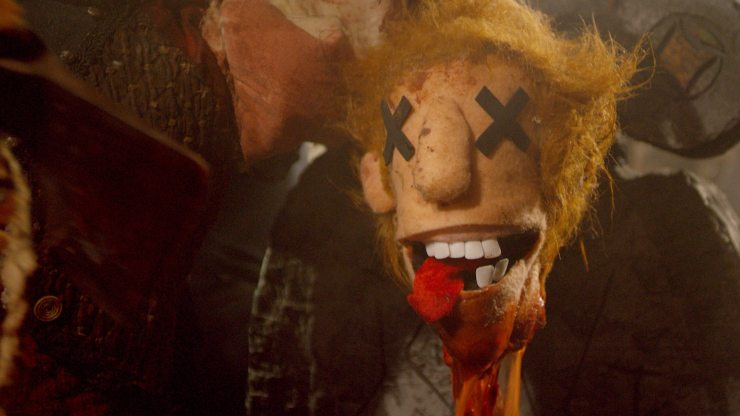 frankandzed 6 - Exclusive: Check Out the All-Puppet Horror Movie Frank & Zed With These Spooky Stills