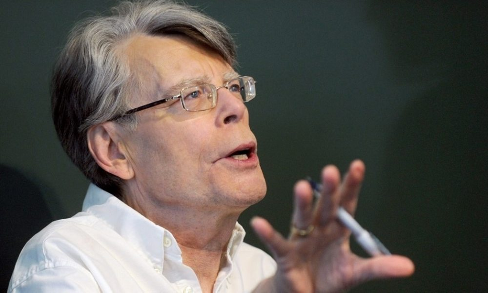 Stephen King has Seen PET SEMATARY, Issues Warning!