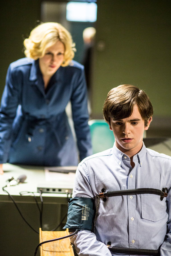 bates210d - Norman Faces a Test in these Stills from Bates Motel Episode 2.10 - The Immutable Truth