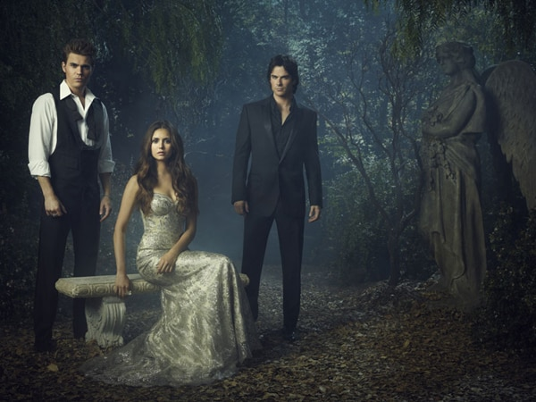 tvdfull - Damon and Stefan Face Off in New Clip from The Vampire Diaries Episode 4.01 - Growing Pains