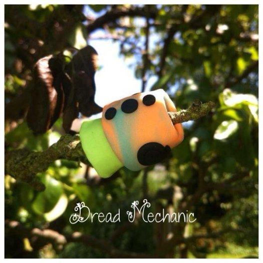 Glowing Mushroom Bead (2)