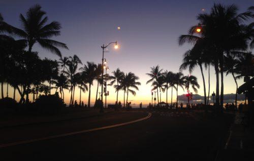 ハワイ旅行 気をつける 夜