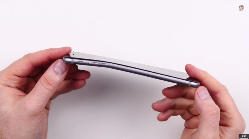 bendable-iphone-6-plus-unbox-therapy-2