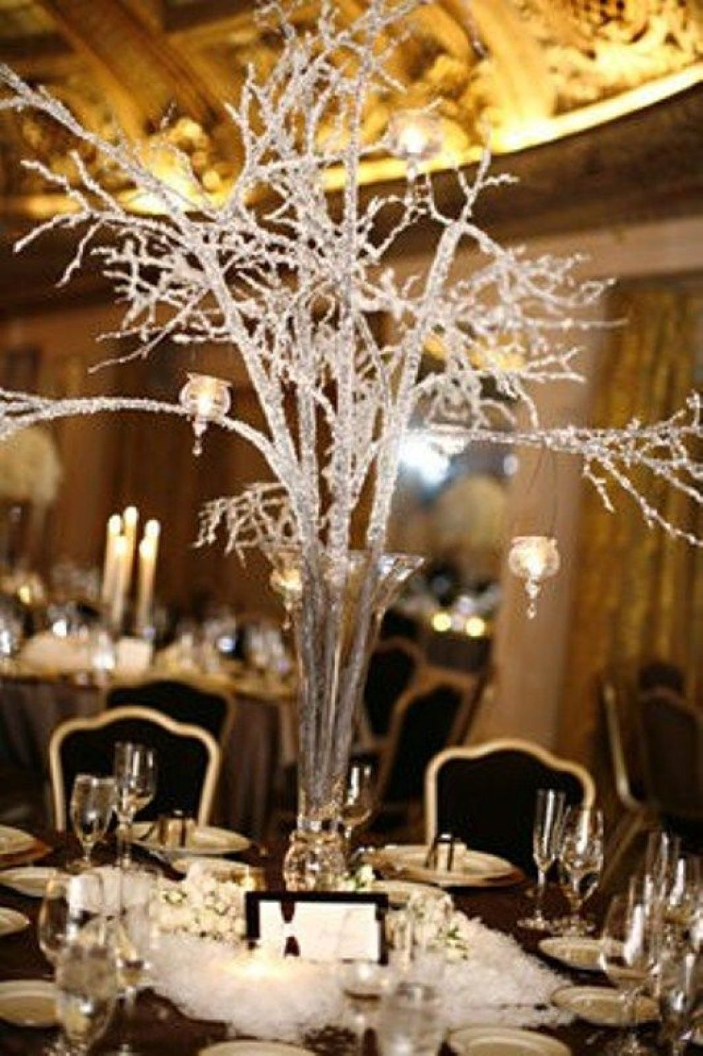 charming-winter-centerpieces