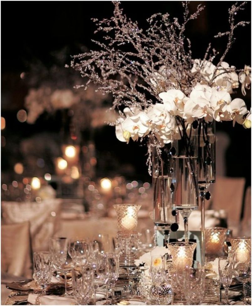 tall-winter-wedding-centerpiece-ideas