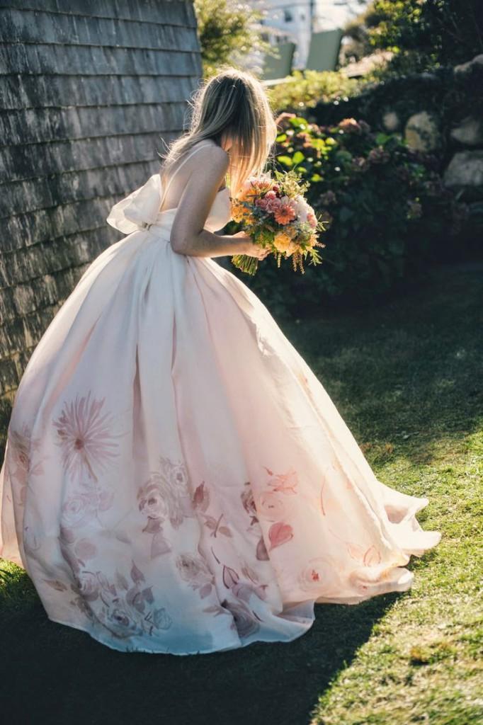 vestido-novia-flores-falda-682x1024