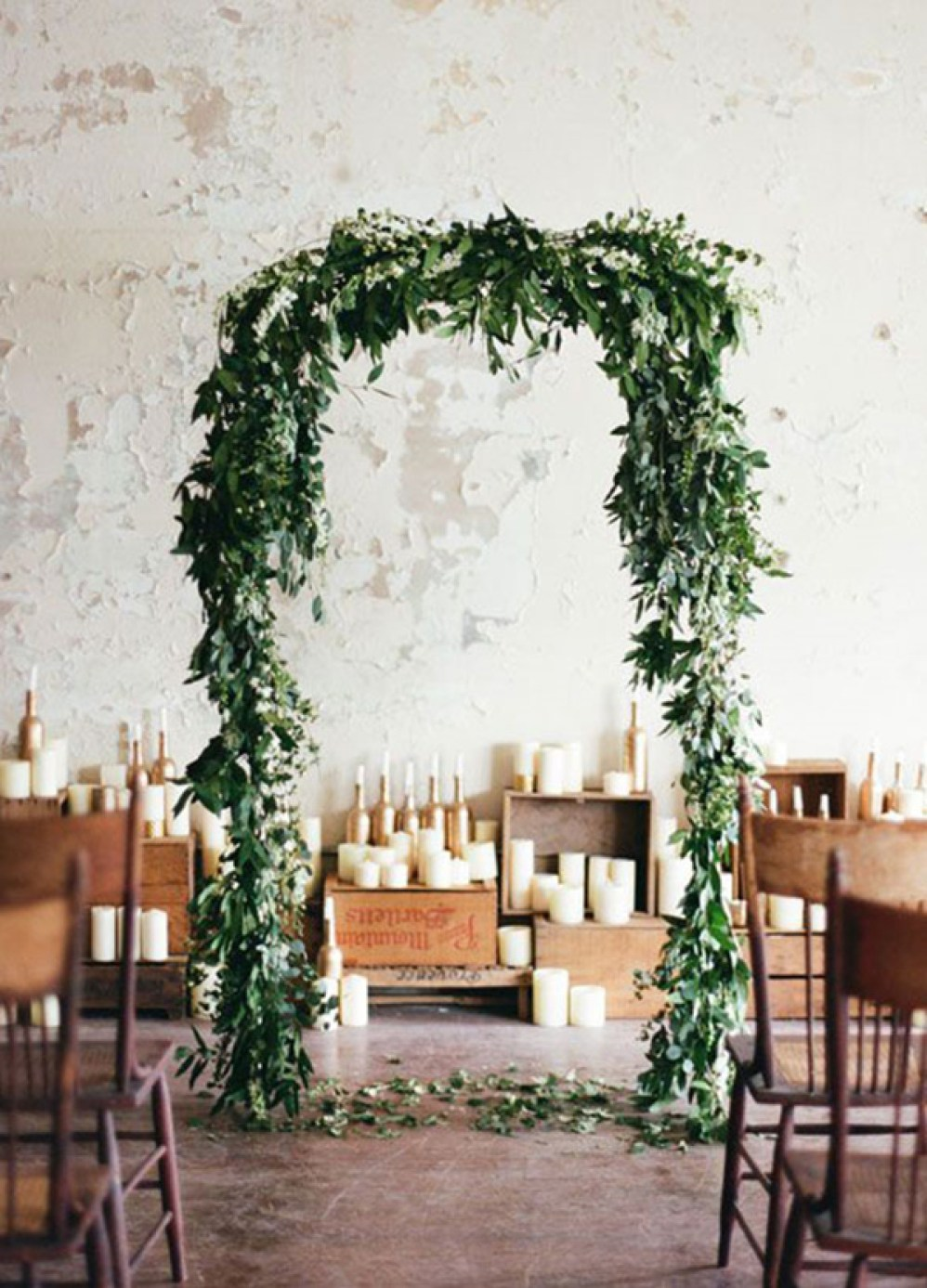 greenery-wedding-arch-ideas-for-2017-trends