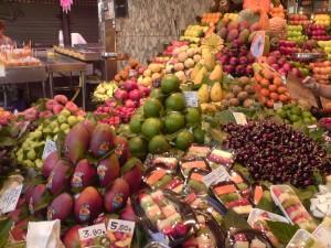 Paradiesische Früchte auf Barcelonas Markt