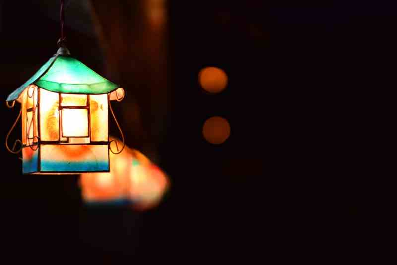 lighthouse lantern - Dreamers writing contest